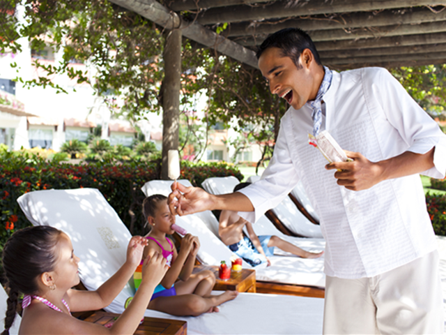 kids-grand-velas-vallarta-travel-blog