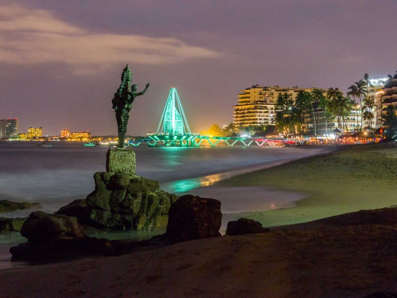 New Year's Eve in Puerto Vallarta: Fun for the Whole Family!