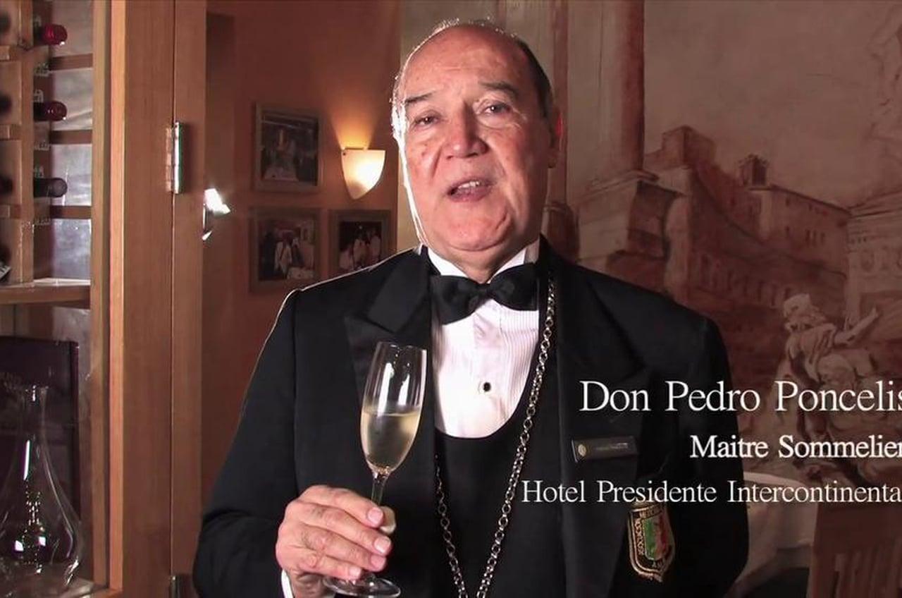 Pedro Poncelis: el maestro del vino en Puerto Vallarta