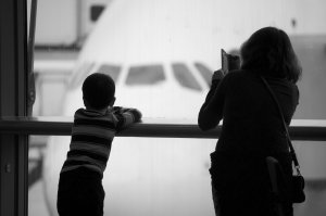 airport-1019056_1920