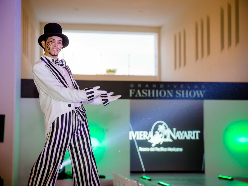 Grand Velas Fashion Show 2016