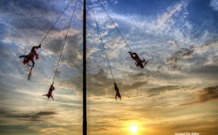 Behold the Puerto Vallarta Flying Men of Papantla on the Malecón