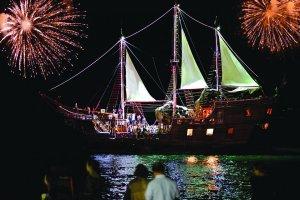fireworks-display-pirate-ship-vallarta