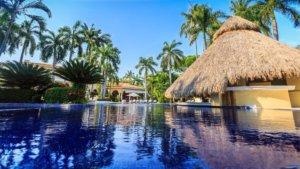 piscina hotel boutique casa velas en puerto vallarta