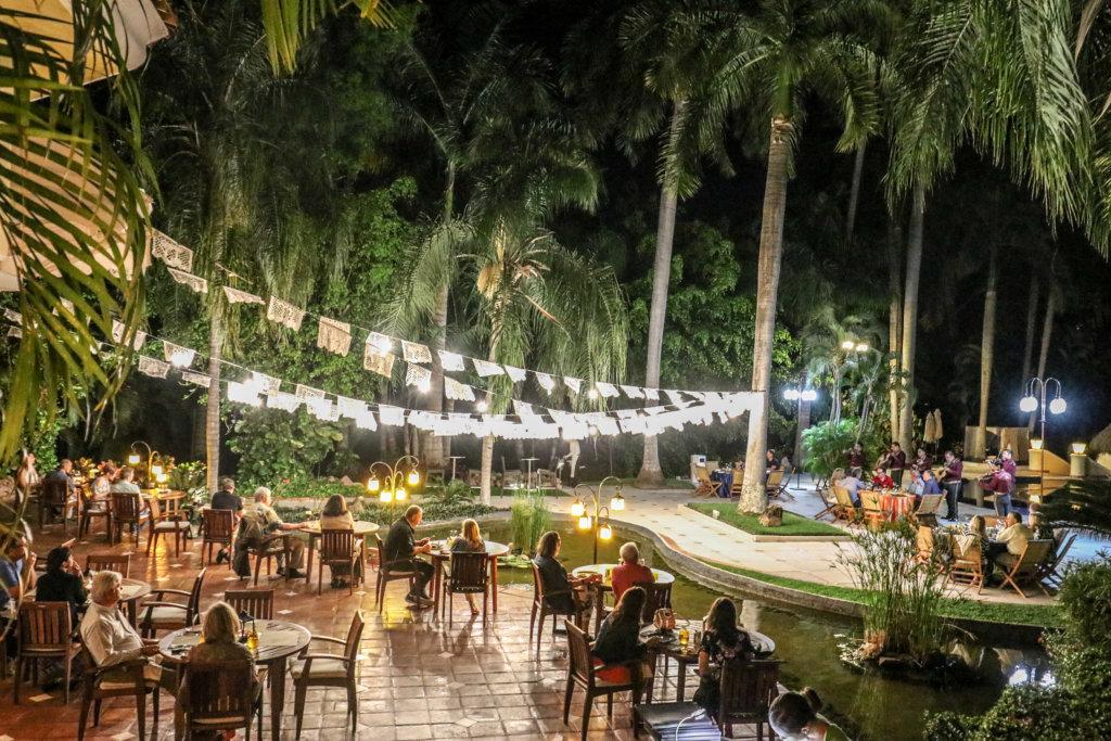 Fiesta Mexicana en Casa Velas Hotel todo Incluido en Puerto Vallarta