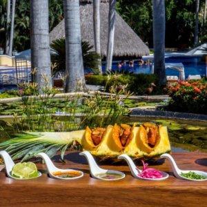 Tacos Hotel Casa Velas Hotel en Puerto Vallarta
