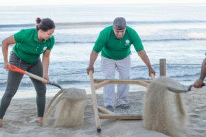 cleaning-beaches-riviera-nayarit